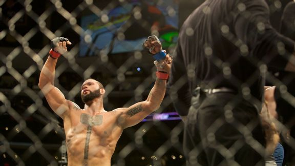Thiago Santos prepared for the challenge of Jan Blachowicz at UFC Fight Night
