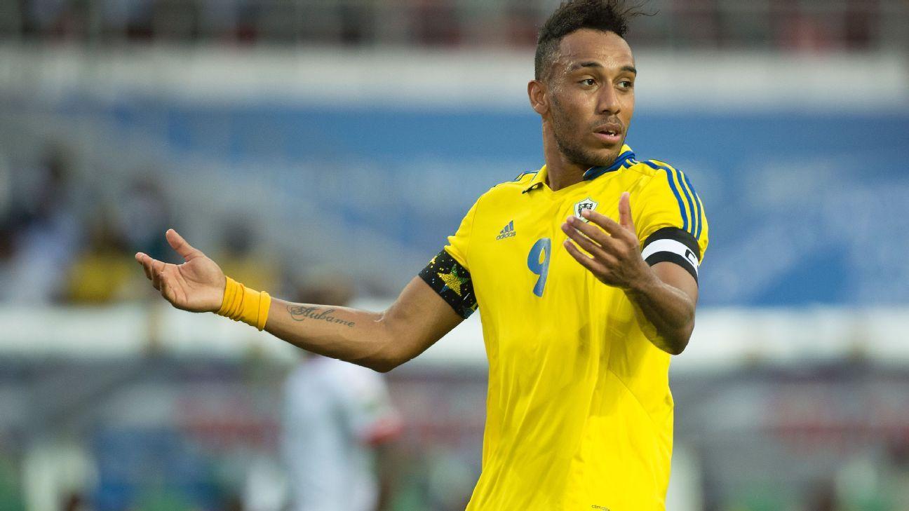 Aubameyang critica Gabão por escolher seu próprio pai como técnico da seleção