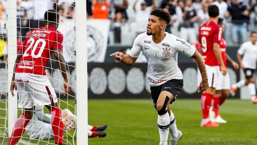 Bahia anuncia contratação por empréstimo do volante Douglas, do Corinthians