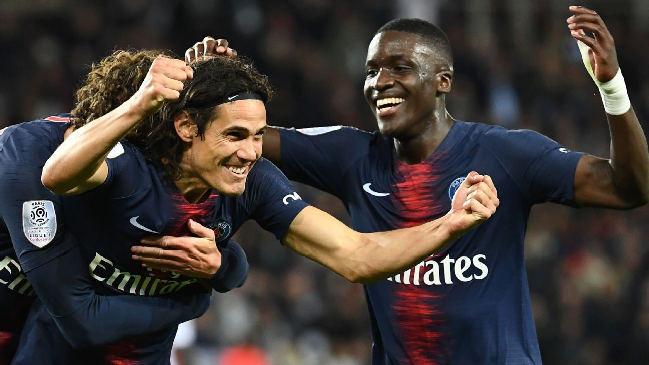 Edinson Cavani scores twice, wins penalty as PSG punish Reims