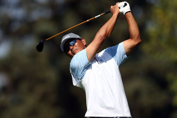 Ken Tanigawa eagles 18th hole to open lead in Pebble Beach