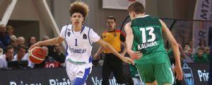 LaMelo Ball se compromete a jugar en Australia