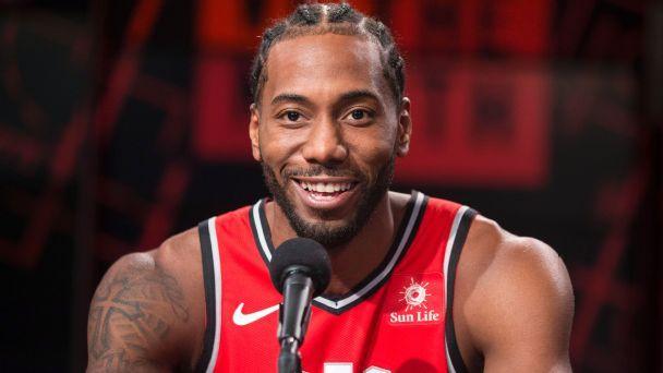 LeBron James, J.R. Smith lead Cavs' roll over Bulls