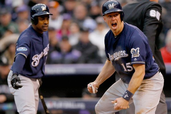 Brewers trade NLDS hero Kratz to Giants