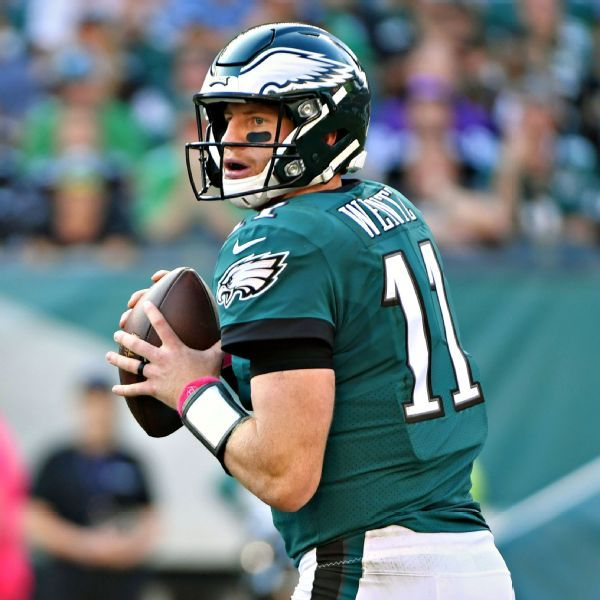 Carson Wentz has fractured vertebra; rest of season in doubt