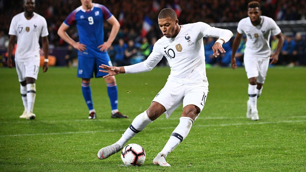 Kylian Mbappe penalty rallies France to draw against Iceland