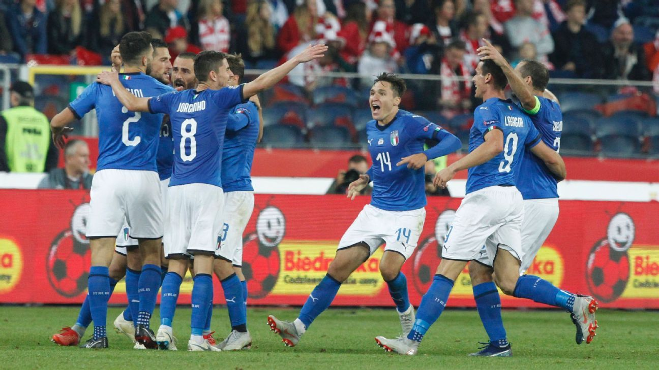 Wasteful Italy score last-gasp goal to relegate Poland from Nations League group