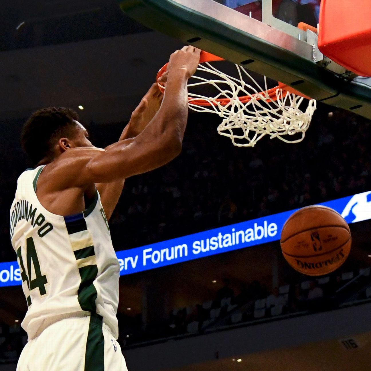 NBA -- Bucks Announce Their Presence In Dominance Of Warriors