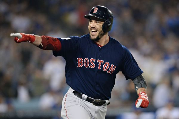 Red Sox re-sign Series MVP Steve Pearce on 1-year, $6.25M deal