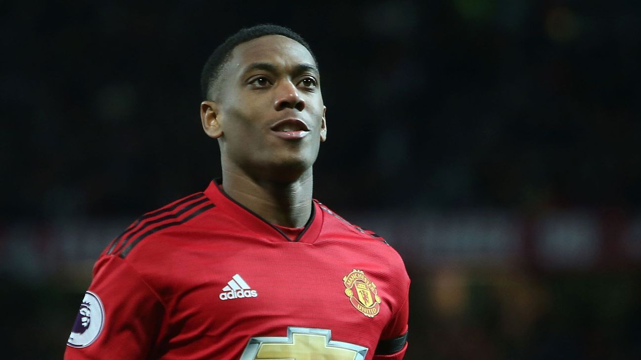 Martial close to new Manchester United deal after breakthrough - sources