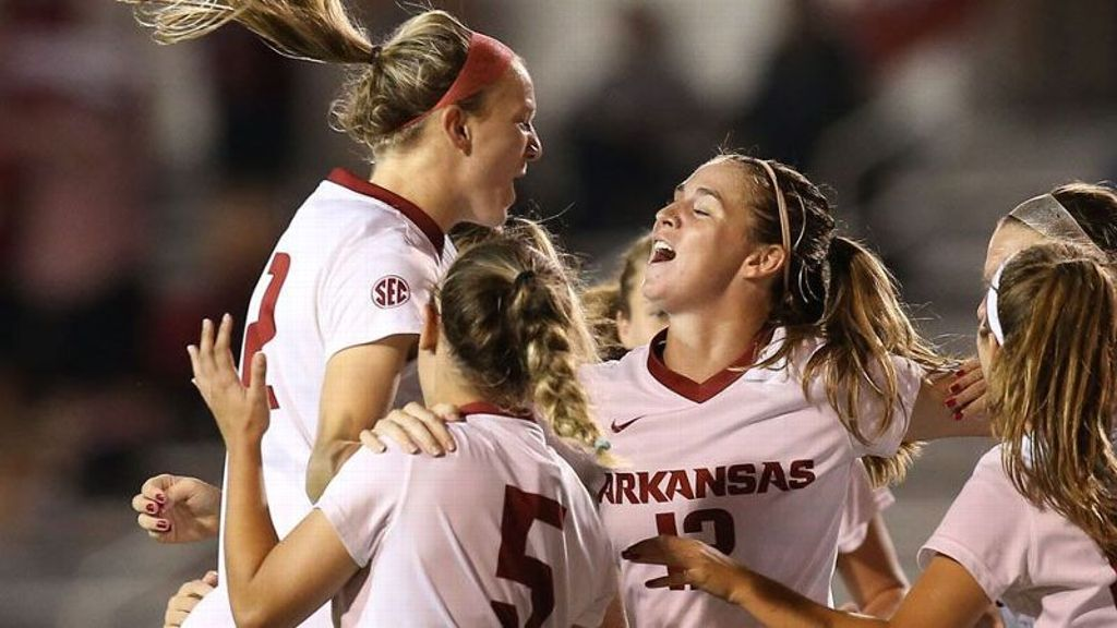 No. 4 seed Arkansas storms into semis