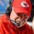 Chiefs coach Reid 'comfortable' with Hill's return