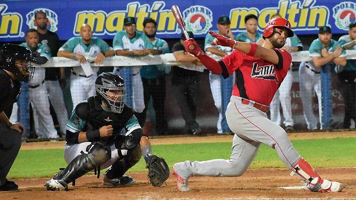 Cardenales derrota a Bravos y es el único líder de la liga venezolana
