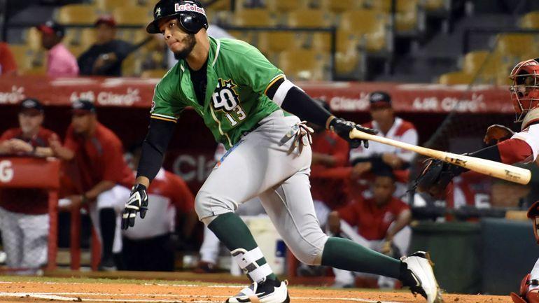 Águilas y Estrellas ganan y comandan la liga dominicana de béisbol