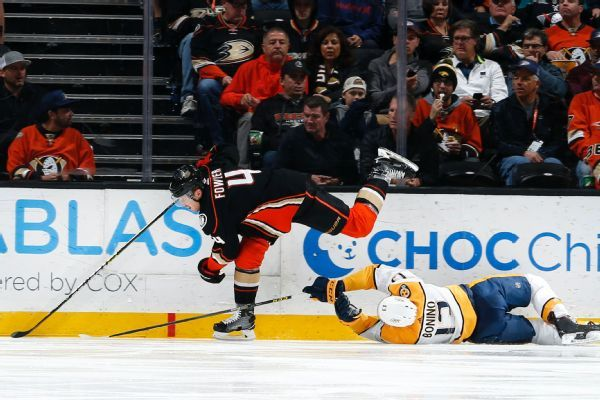 Ducks' Cam Fowler set for surgery after taking puck to face