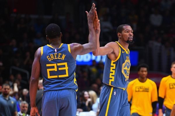 Draymond Green talks to Kevin Durant, will never 'change who I am'