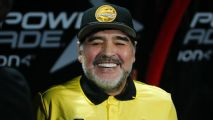 Maradona: 'I'm the man' to fix Man United