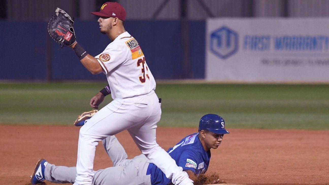 Indios barre a Santurce y trepa a la cima en béisbol invernal boricua