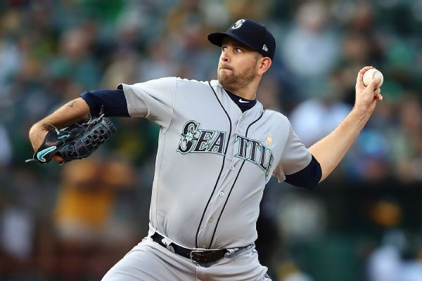 Yankees land James Paxton in trade, send top prospect to Mariners