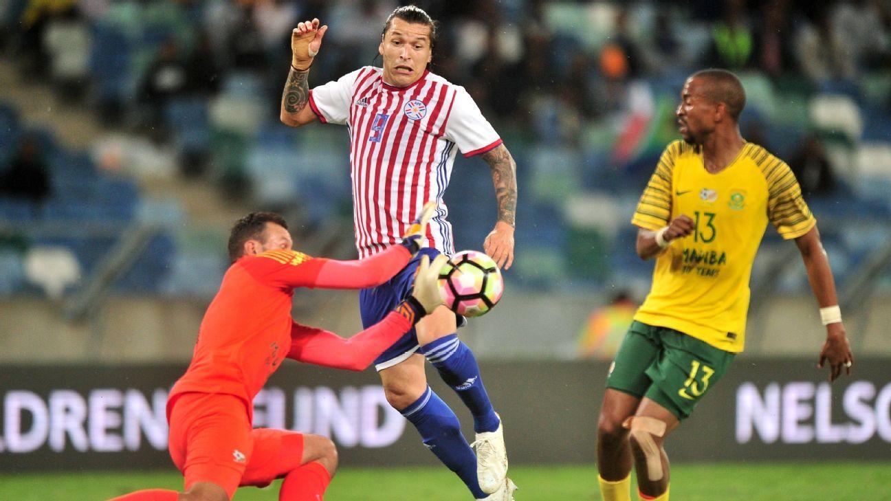 Paraguay igualó con Sudáfrica en el debut de Osorio