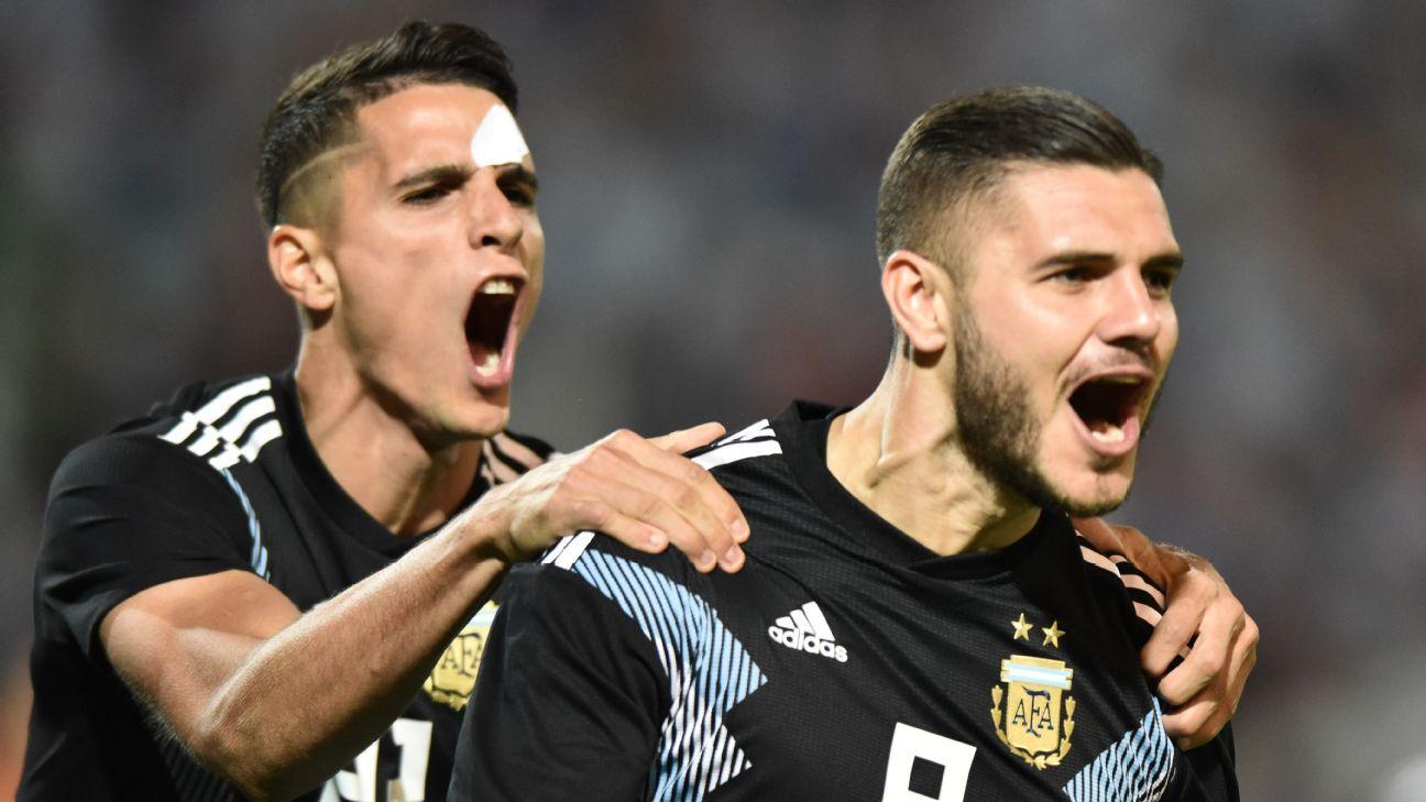 Argentina volvió a superar a México, gracias a Icardi y Dybala