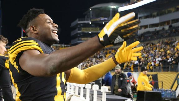 JuJu Smith-Schuster goes from hero to Hines Ward in two days