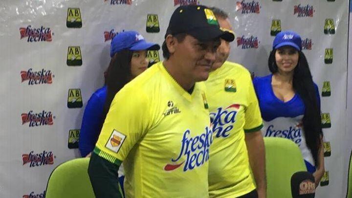 Flabio Torres dejó de ser el DT de Bucaramanga