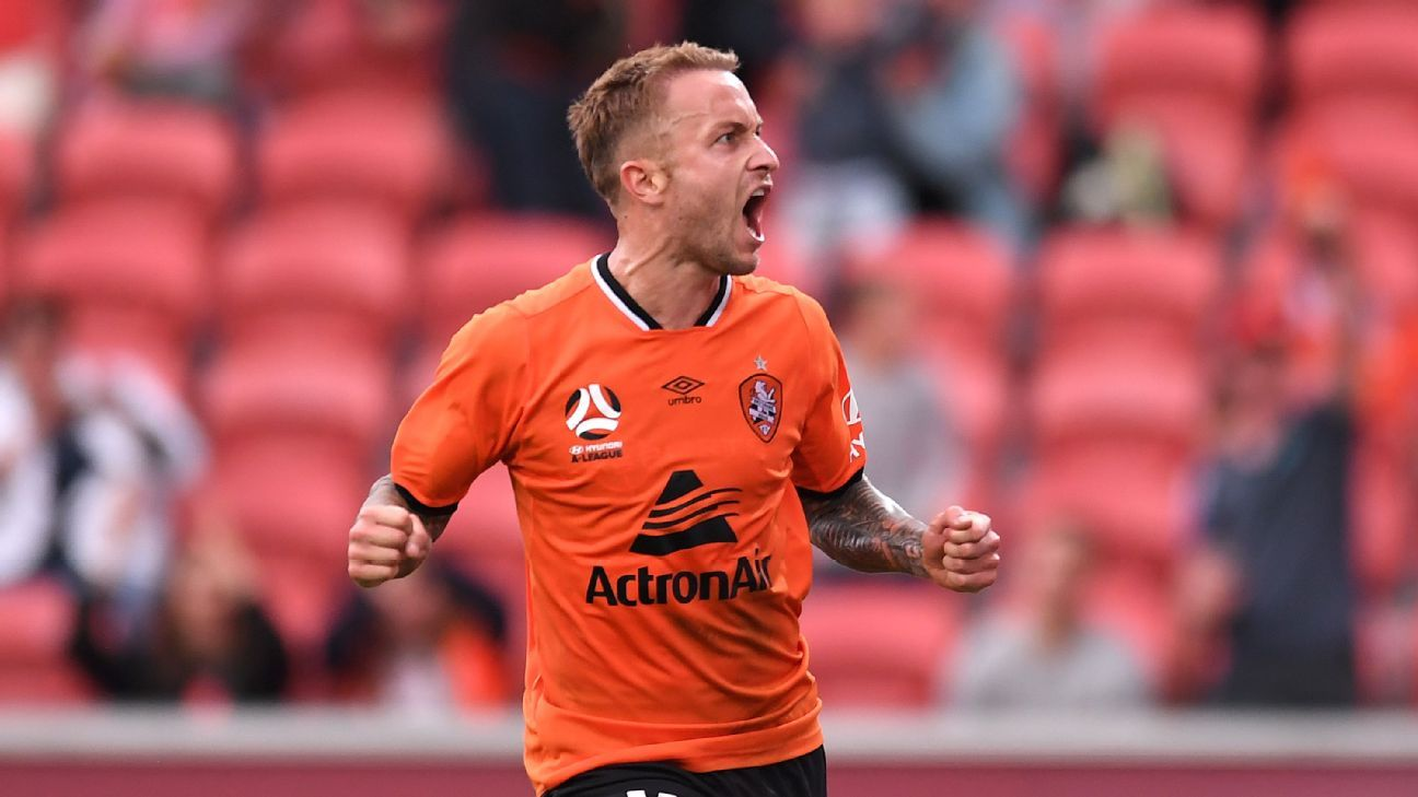 Adam Taggart exits Brisbane Roar, set to join K-League club