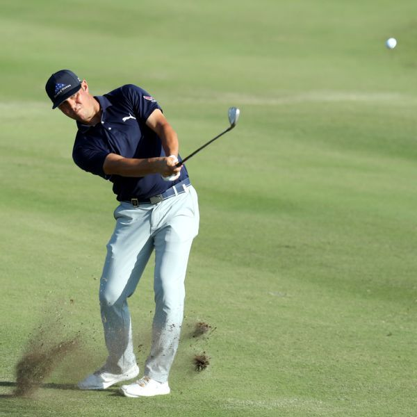 Gary Woodland, Charley Hoffman shoot 64 for share of QBE Shootout lead