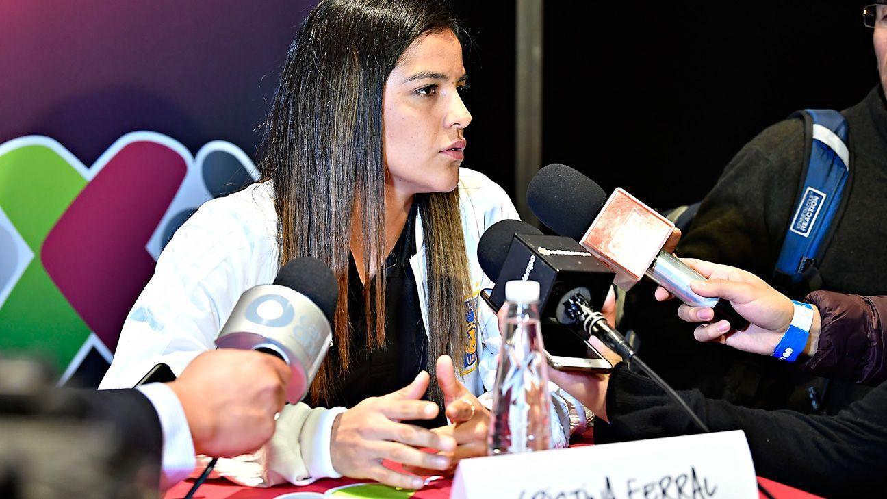 """Cristina Ferral: """"No se es mejor futbolista jugando en Europa"""""""