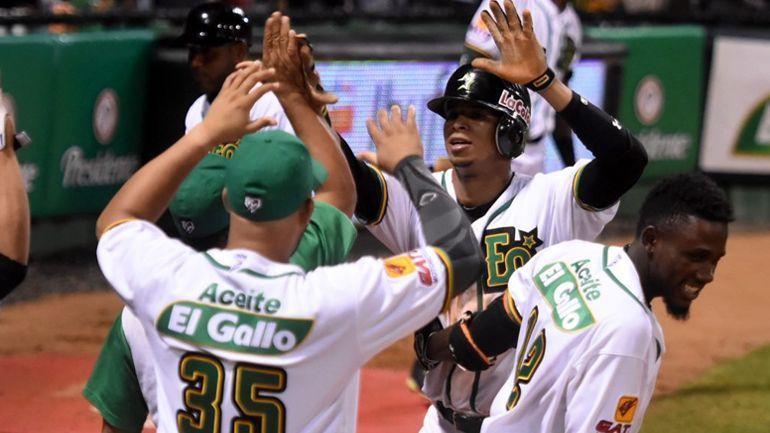 Estrellas y Leones se acercan a clasificación en Dominicana