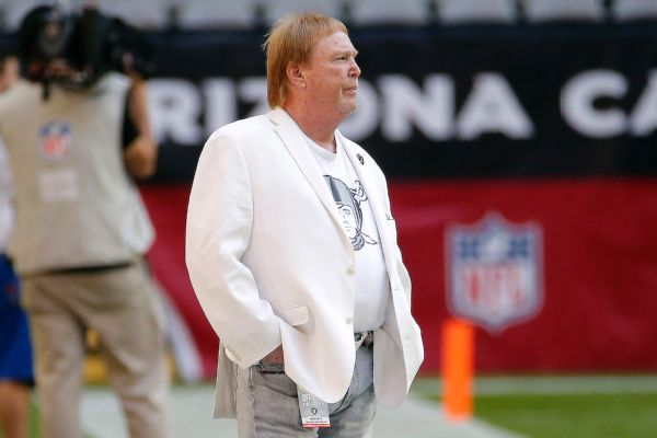 Raiders owner Mark Davis critical of Oakland's lawsuit against team and NFL