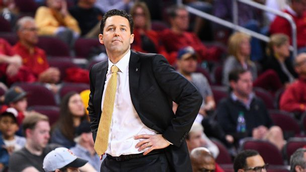 Bryce Drew, Vanderbilt and how to manage a crisis