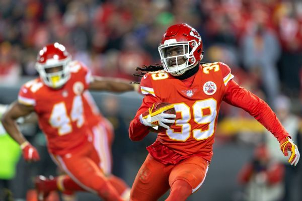 Eric Berry (heel) sits out second half as Chiefs ease him back