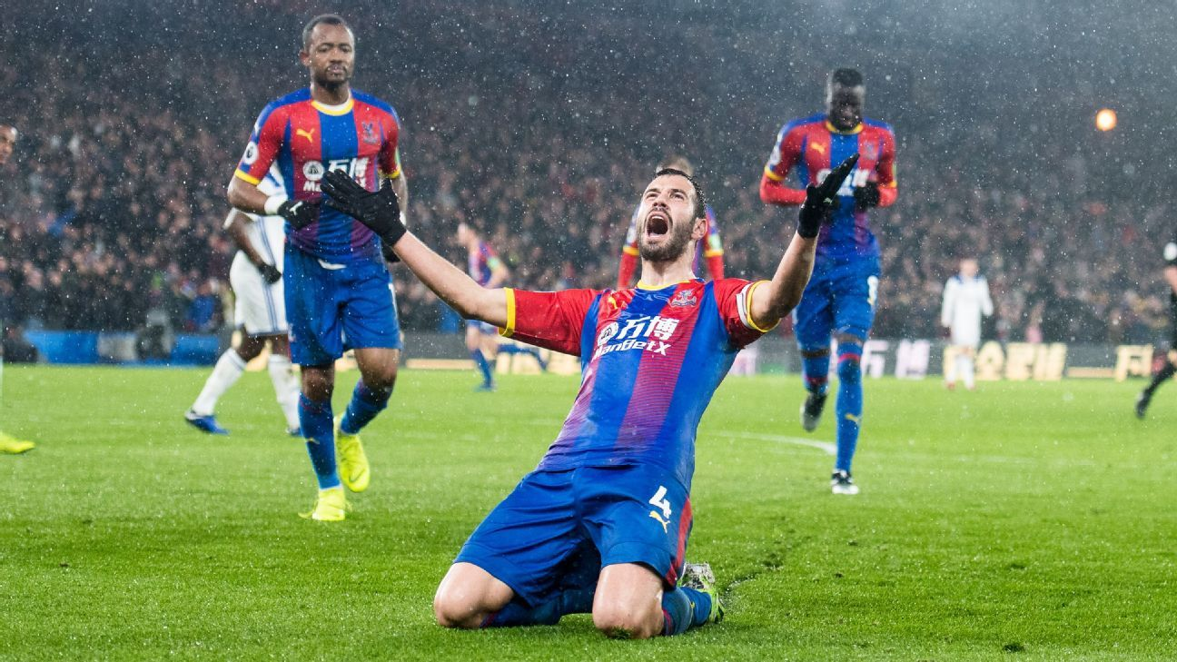 Milivojevic stunner gives Palace three points against Leicester