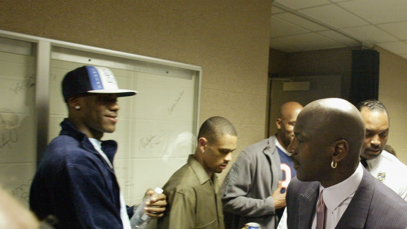 LeBron relembra primeira vez que viu Jordan pessoalmente, aos 16 anos: 'Foi como encontrar Deus'