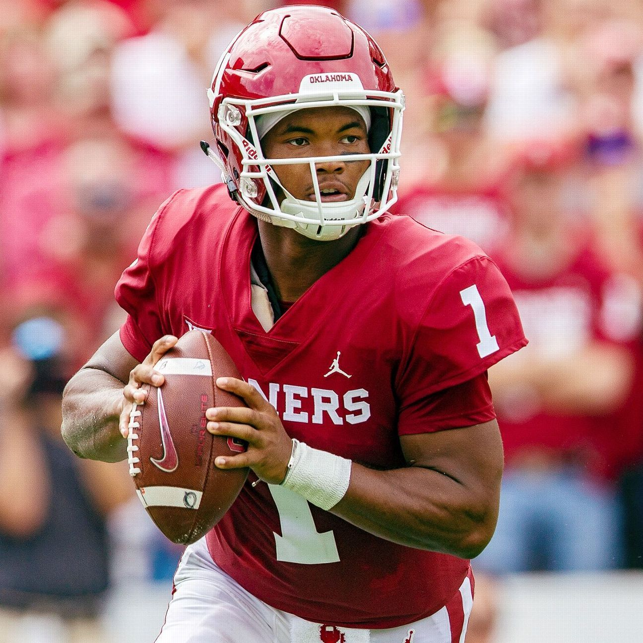 What you need to know about Kyler Murray choosing football r482085 1296x1296 1 1