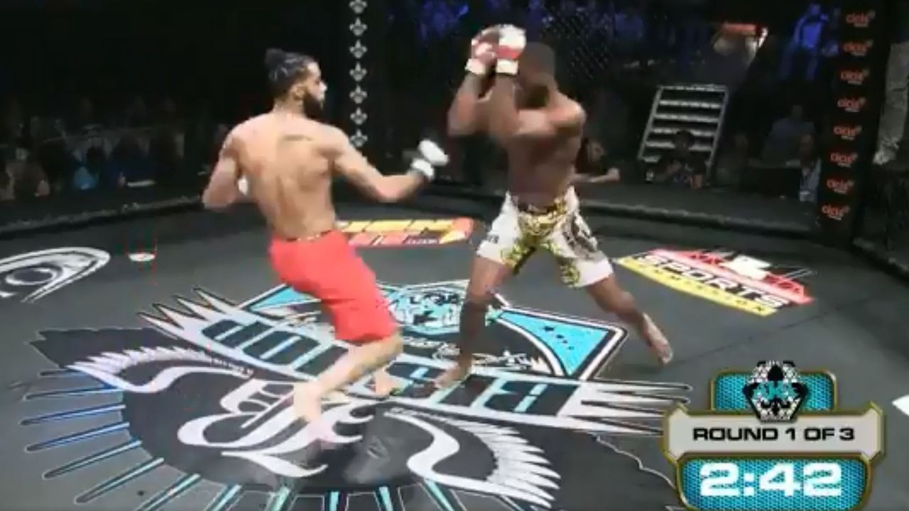 Americano tenta chute durante luta, mas sofre fratura similar à de Anderson Silva no UFC