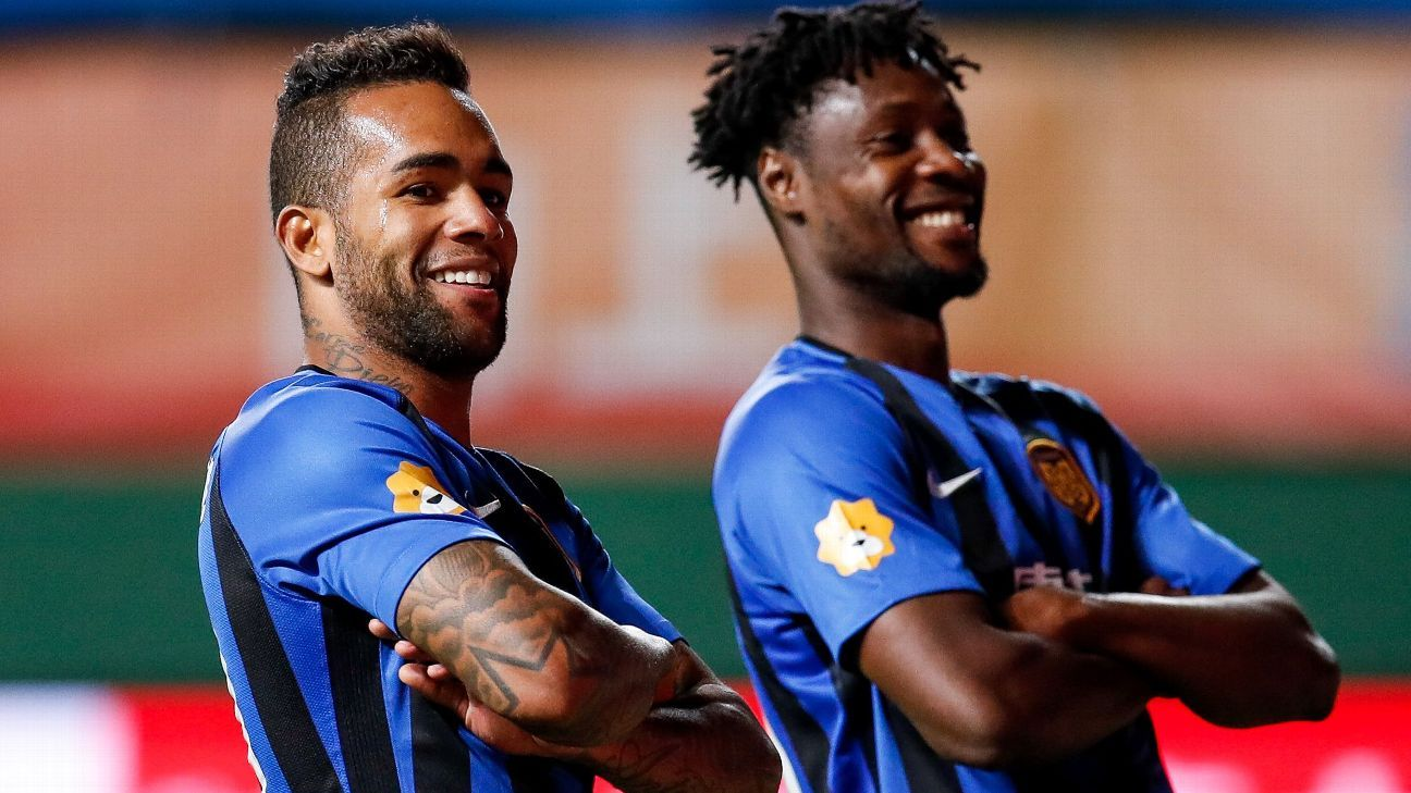 Vasco: Alex Teixeira pode assinar pré-contrato com o clube no meio do ano