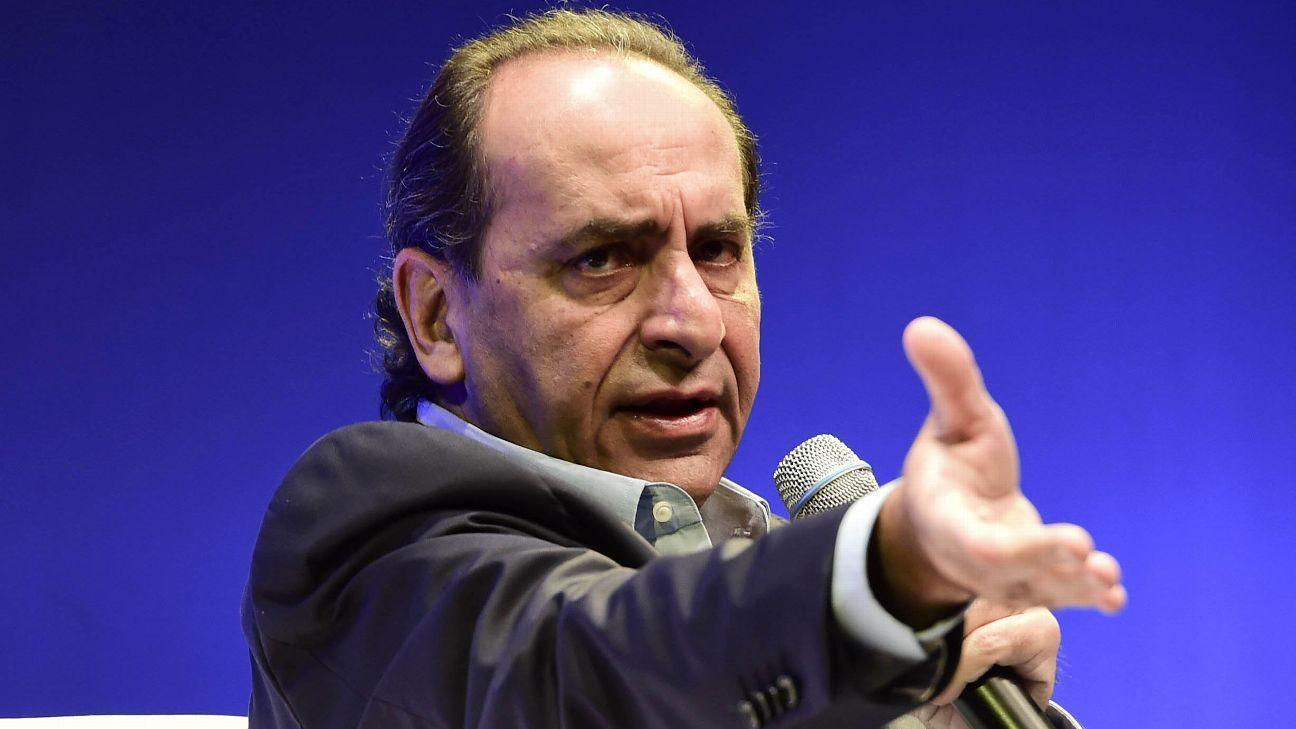 Kalil, ex-presidente do Atlético-MG, defende: 'Pobre assiste na televisão, e rico vai no estádio'