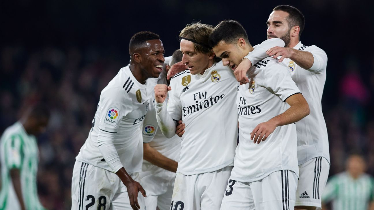 Dani Ceballos rescues Real Madrid over Betis with late free kick goal