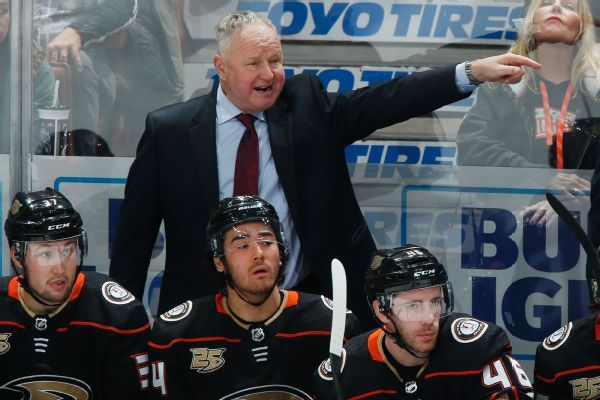 Ducks 'not considering' removing coach Randy Carlyle despite rough patch