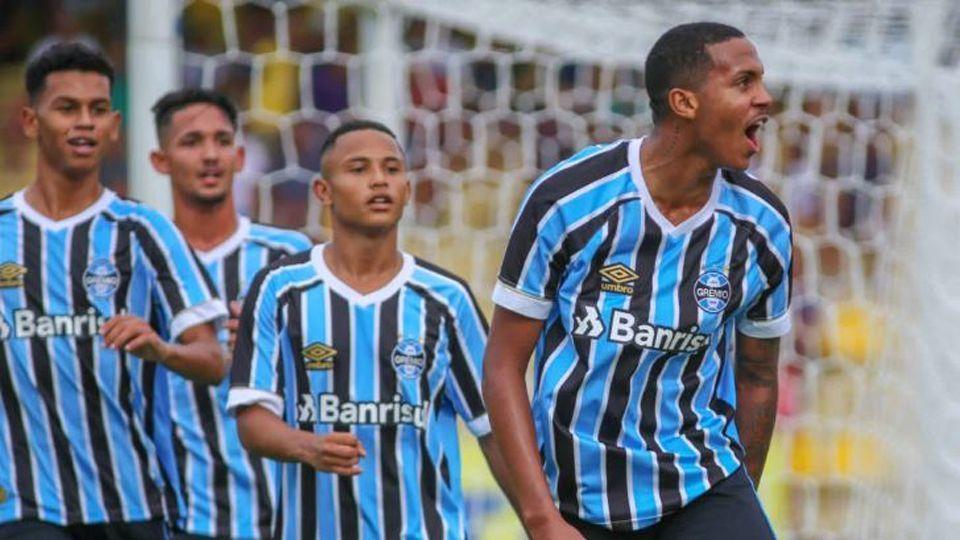 Grêmio goleia Audax e avança para as quartas de final da Copinha