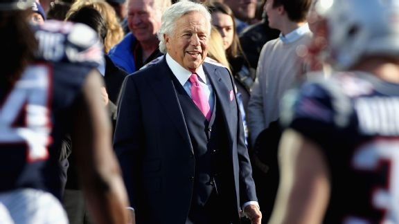 Robert Kraft reflects on 25th anniversary of becoming Patriots owner