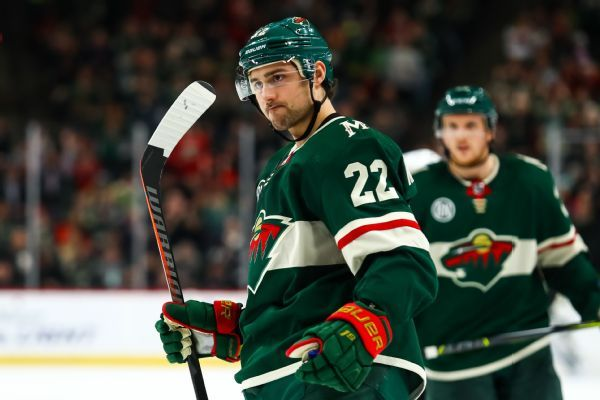 Minnesota Wild trade Nino Niederreiter to Hurricanes for Victor Rask
