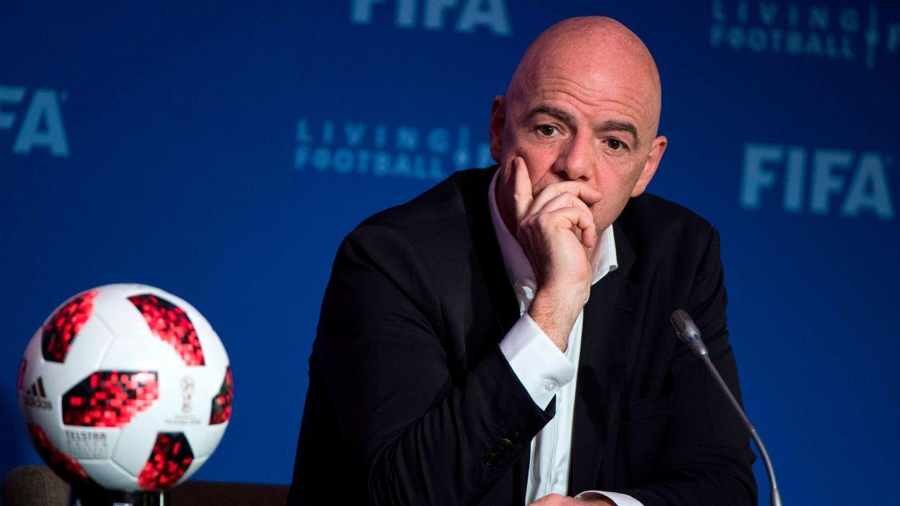 Más asociaciones de futbol apoyan expansión en Qatar 2022, dice Infantino