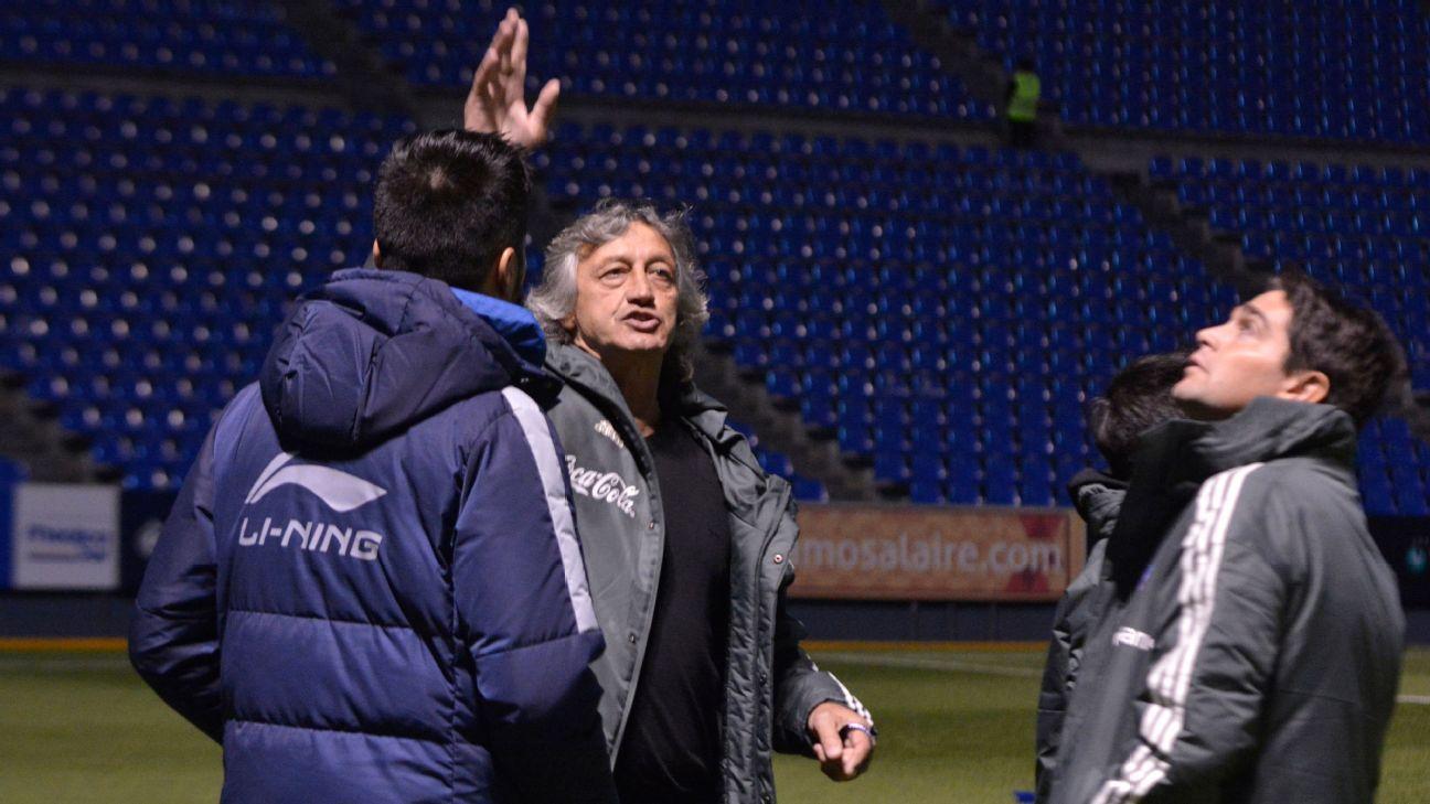 Cuerpo técnico del Tri estuvo presente en el Estadio Cuauhtémoc