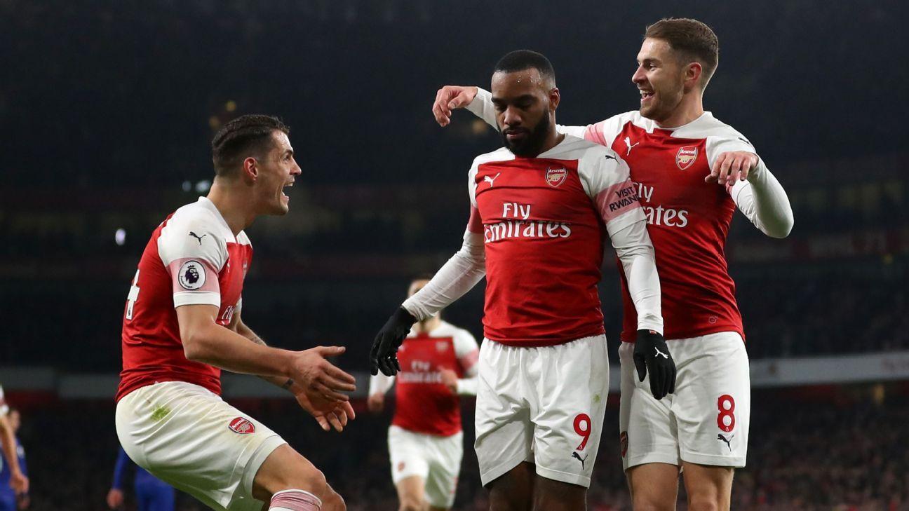 Arsenal se quedó con el derbi ante Chelsea y mira Europa más de cerca