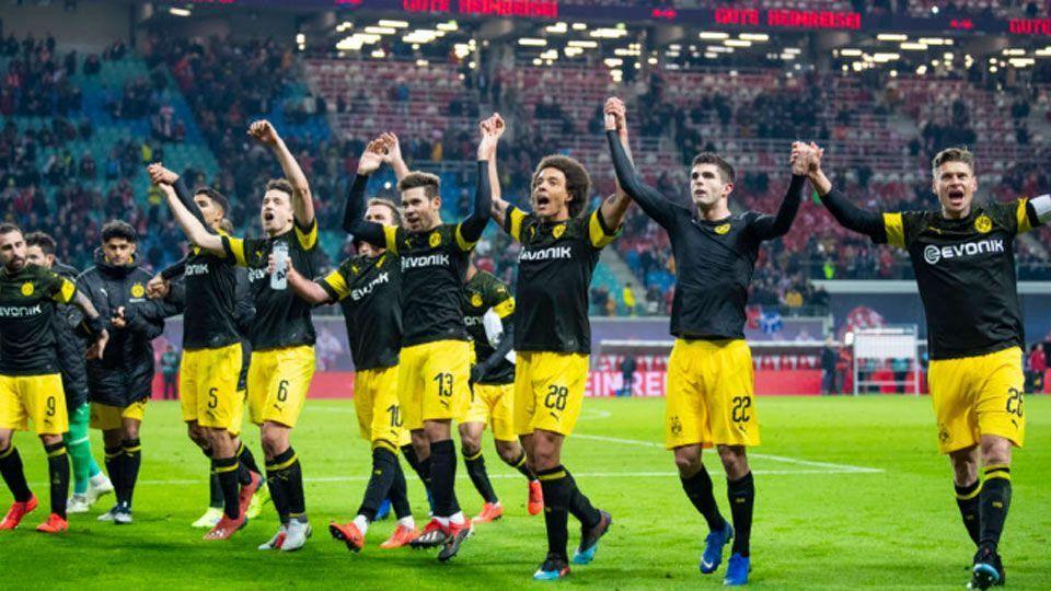 Borussia Dortmund vence e se isola ainda mais na liderança do Alemão