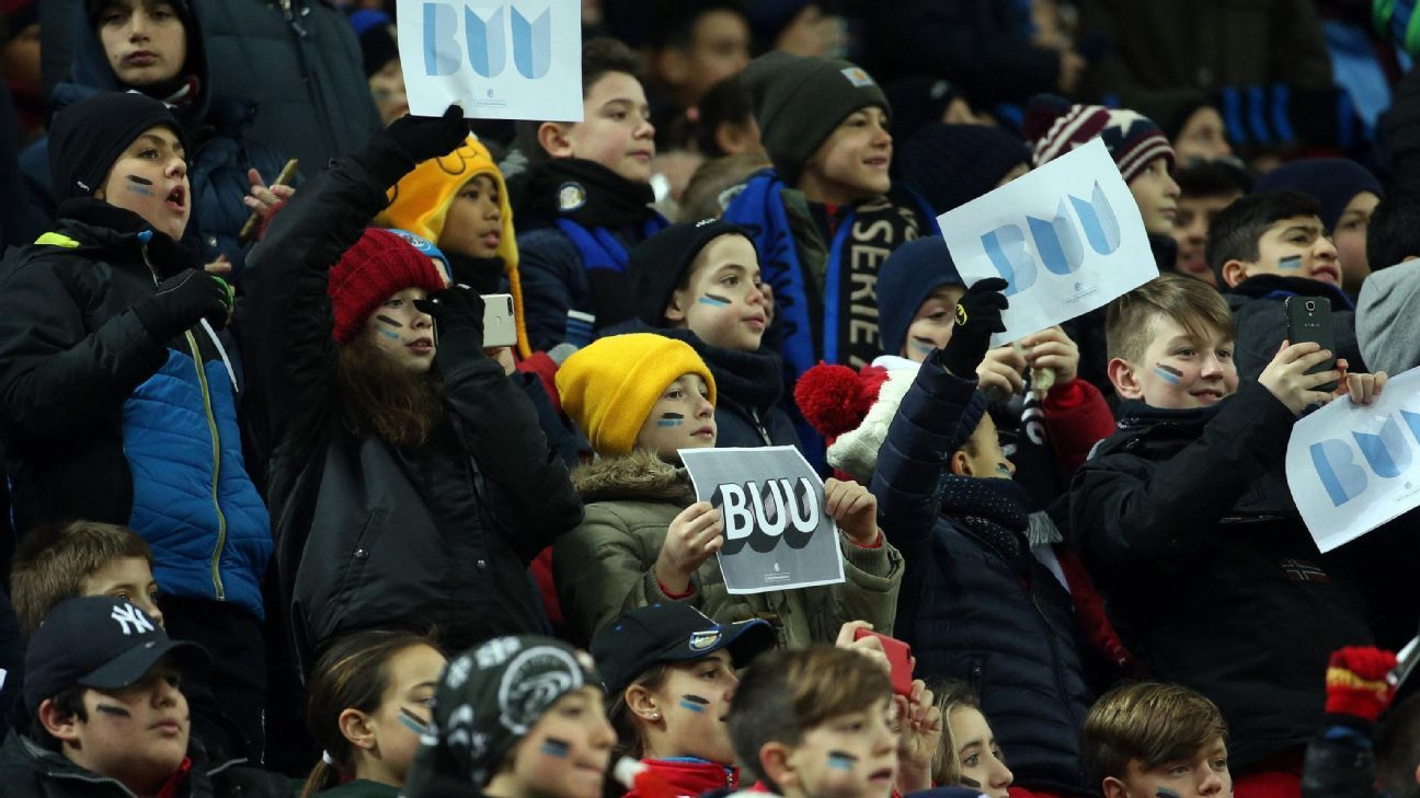 Inter draw a blank vs. Sassuolo in front of crowd of school children